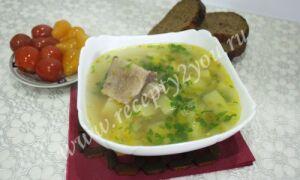 Гречневый суп на говяжьих ребрышках