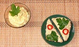 Сырный соус с грибами