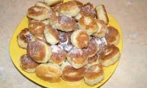 Баурсаки (казахское блюдо)