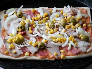 пицца на готовом слоеном тесте фото 6