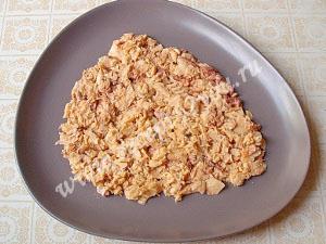 салат Мимоза с горбушей фото 3