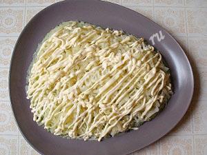 салат Мимоза с горбушей фото 7