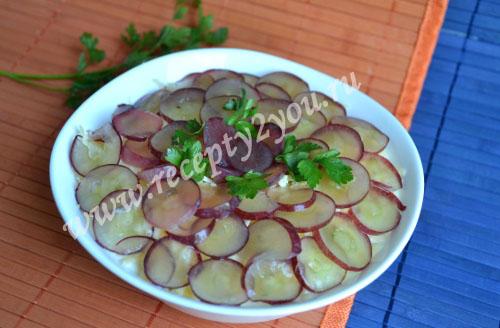 Салат с курицей и виноградом. Рецепт с фото