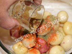 Молодой картофель в духовке с пряностями фото 6