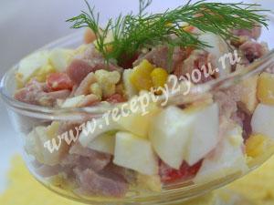 Салат с копченой курицей и кукурузой фото 7