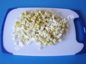 Пышные оладьи на кефире с яблоками фото 6