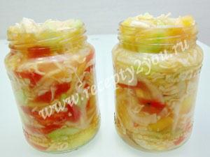 Салат из капусты помидоров и огурцов на зиму фото 11