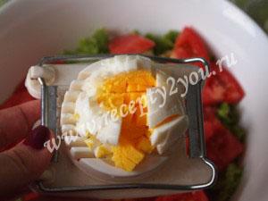 Салат из курицы с яйцом фото 3