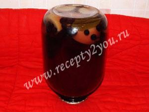 Компот из яблок и черноплодной рябины на зиму фото 7