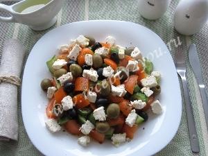 Салат с сыром фета фото 11