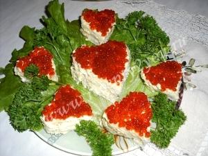 Закуска ко Дню Влюбленных - сердечки с красной икрой фото 12