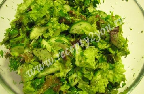 Салат из салатных листьев с огурцом фото 12