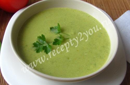 Суп-крем из зеленого горошка