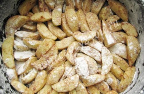 Шарлотка пышная с яблоками в духовке фото 12
