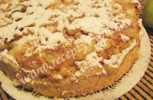 Шарлотка пышная с яблоками в духовке фото 16
