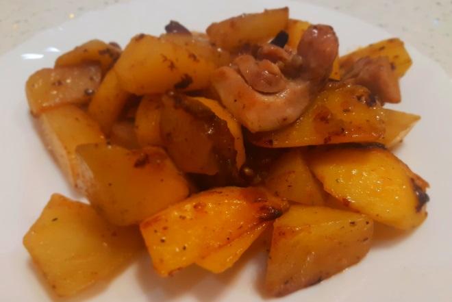 Жаренная картошка с шампиньонами